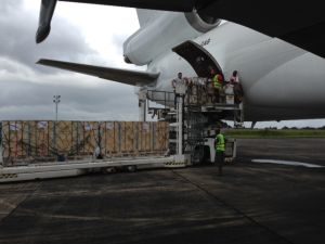 Unloading in Liberia 1 resized