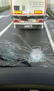 truck windcsreen resized